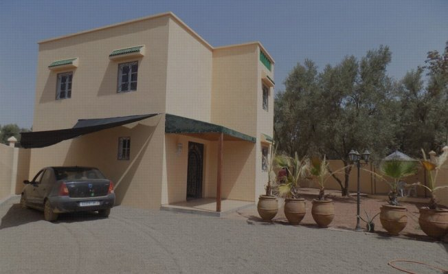 Superbe maison vendre vente maison marrakech for Construction piscine kenitra