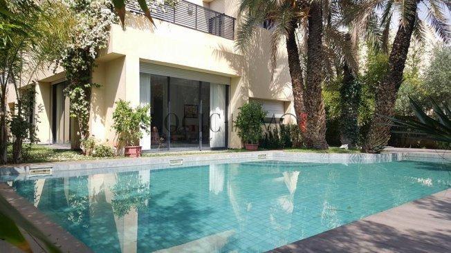 Villa de charme moderne avec piscine ref vv248 vente for Villa avec piscine a marrakech