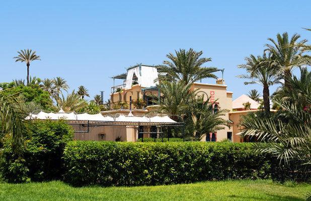 Magnifique villa sur un terrain de 12 000 m for Construction piscine kenitra