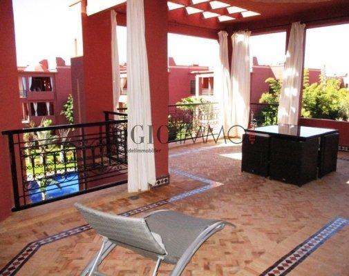 Bel appartement avec une terrasse panoramique de 40m for Appartement a louer a sidi bouzid avec piscine