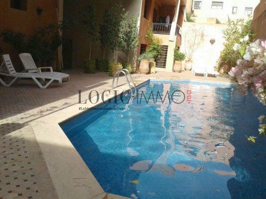 Appartement meubl louer de 2 chambres salon avec for Appartement a louer a marrakech avec piscine