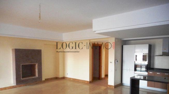 Grands Appartements de style moderne de 3 chambres, salon cheminée ...