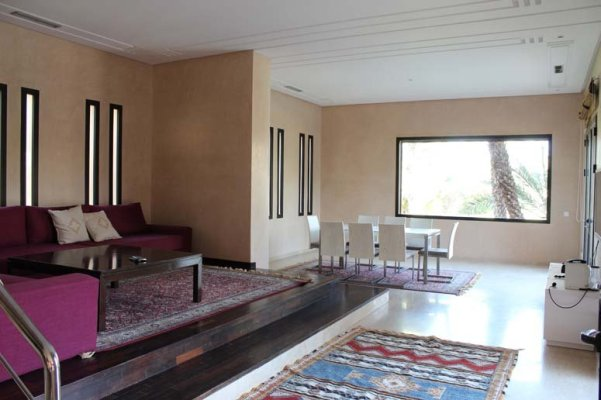 Belle Maison Marocaine A Louer Meublee De Style Moderne 4 Ch Jardin Piscine Ref 93593 Location Villa Marrakech Logicimmo Ma