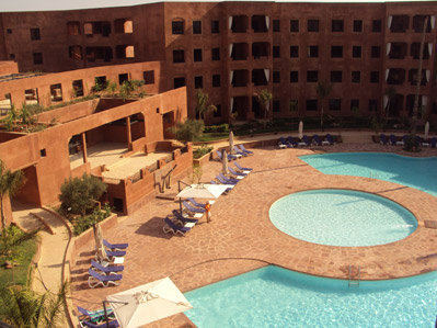 2 CH  + TERRASSE FERMEE  + PISCINES COLLECTIVES - Marrakech
