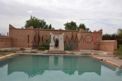 Villa 2 7 d hectares ref vla0634 vente villa marrakech for Construction piscine kenitra
